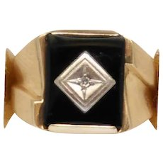 Vintage 10 Karat Yellow Gold Black Onyx Diamond Ring Size 7.5