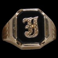 Vintage 10 Karat Black Onyx Initial J or I Ladies or Boys Ring size 5.5
