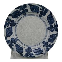 """Dedham Pottery 6"""" Grapes Plate By Maude Davenport in Blue/White Crackled Glaze"""