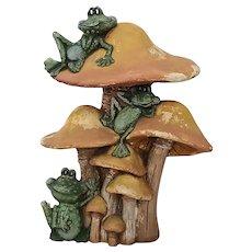 Vintage Whimsical Frogs/Mushrooms Garden Ornament c1950