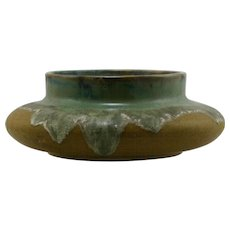 "Fulper 4"" x 10"" Squat Urn/Vase In Flowing Greens/Mustard Matte Glazes Mint F20"