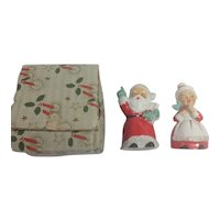 1950s JAPAN Santa & Mrs Claus Salt / Pepper