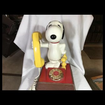 Snoopy and Woodstock Phone by American Telecommunications Corp.