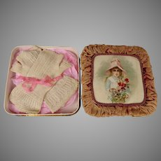 Very fine antique French fingerless doll gloves in a sweet carton box