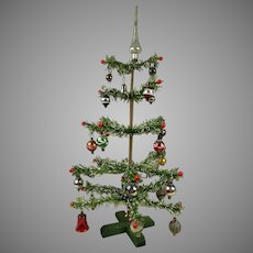 """Antique Original German Paper- Feather Christmas Tree with glass balls, peak and and berries 17,75""""(45cm)"""