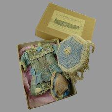 Marvelous Original Antique SAMARITAINE Presentation Box with wonderful antique accessories
