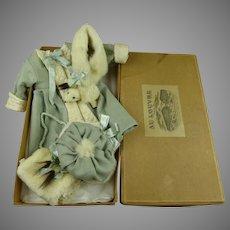 Exquisite 4-piece antique Coat and Ermine ensemble in AU LOUVRE  presentation/storage box
