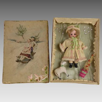 Wonderful  antique  French carton Christmas presentation box with sweet antique mignonette