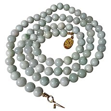 1970s Chinese Export, 31 inches, Natural Jadeite, Jade Necklace