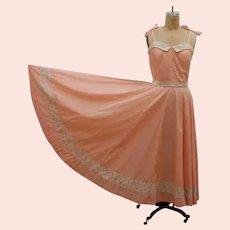 1970s Vintage Peach Prairie Dress with Full Skirt
