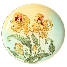 Art Nouveau Majolica Pomp Plate with handpainted Lily Decor - Polychrome Pottery 1900's