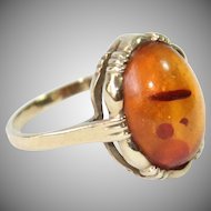 Vintage 1960's Amber Cabochon 8 Karat Gold Ring