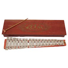 1920's Carillon / Glockenspiel / Orchestra Bells / Xylophone for Children in beautiful Wood Box