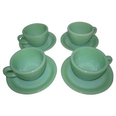 Fire-King Jadeite 4 Cups & Saucers Heavy Restaurant Oven Ware