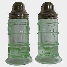 Federal Glass Thumbprint Pear Optic Green Depression Uranium Glass Salt Pepper Shakers