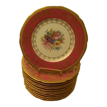 Hutschenreuther - Twelve Gold and Rose Dinner Plates