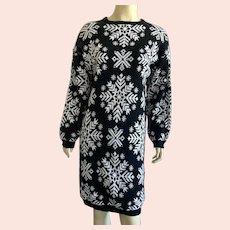 1980's Black & White Snowflake Sweater Dress By Allison Blair M