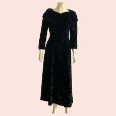 Vintage 1960's Black Damask Velvet Robe House Coat Karam New York