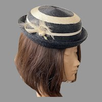 Vintage Black & Cream Straw Hat With Feathers