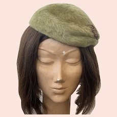 Vintage Light Green Launcelot Fur Beret With Applique Made In Italy