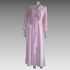 Vintage 1940's Long Rayon Peach Robe By Tutundgy Originals