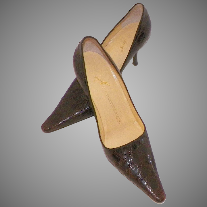 1d189dff7e036 Vicini Italian Brown Alligator High Heel Pumps 7B