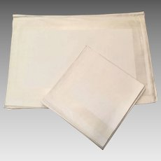 Eight White Irish Linen Damask Placemats and Napkins Set Never Used