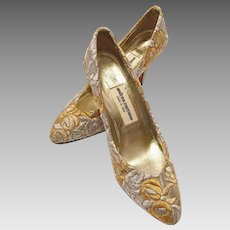 Andrea Carrano Gold and Silver Brocade Evening Shoes Size 8 Made In Italy Never Worn