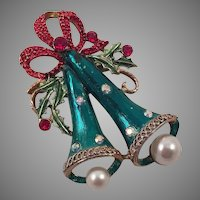 Vintage Christmas Bells Pin Green Red White