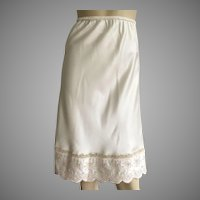 Vintage 1980's Iris Half Slip With Lace & Embroidery