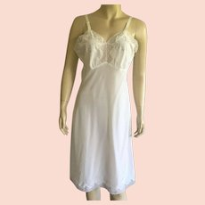 Vintage Lady Lynne White Full Slip With Embroidery