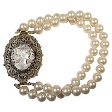 Vintage Faux Pearl Bracelet With Mother Of Pearl Cameo