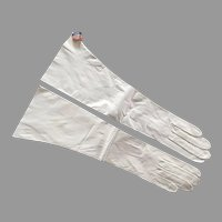 Vintage NWT Long White Kid Leather Gloves Made In France Size 7
