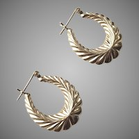 14k Yellow Gold Hoop Pierced Earrings