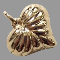 Vintage 14K Gold Ribbed Puffy Heart Pendant