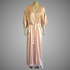 Vintage Christian Dior Peach Peignoir With Lace & Embroidery