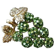 Suzanne Bjontegard Green Rhinestone Grape Cluster Pin / Pendant