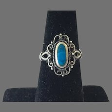 Vintage Petite Sterling Filigree Inlaid Turquoise Ring