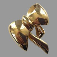 REDUCED Vintage Vogue Bijoux Gold Tone Bow Pin