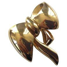 Vintage Vogue Bijoux Gold Tone Bow Pin