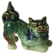 Vintage Ceramic Chinese Foo Dog Figurine