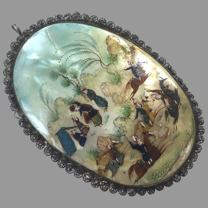 Painted mother of pearl Pendant