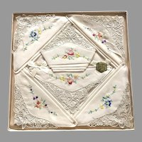 Six Vintage Never Used Embroidered Hankies In Decorative Box By Orlana