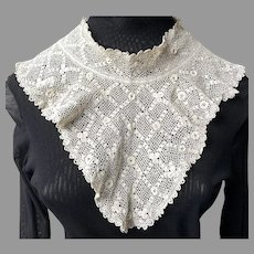 Vintage Irish Crochet Off-White Collar Never Used