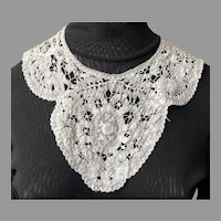 REDUCED Vintage Battenberg Lace Collar