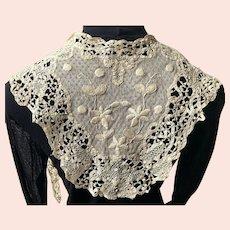 REDUCED Antique Ecru Battenberg Lace Lappet / Collar