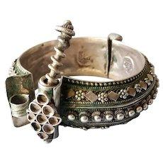 Antique Yemenite Hinge Bracelet Silver 800 Islamic Granulated work jeweler Signed