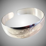 Fully Hallmarked Vintage Solid Silver Bracelet Bangle. 1960 Toivo Salmi, Finland.