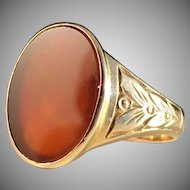 18k Gold and Carnelian Ring. Harry Hermansson, Stockholm 1952. 6.6gram. Excellent.