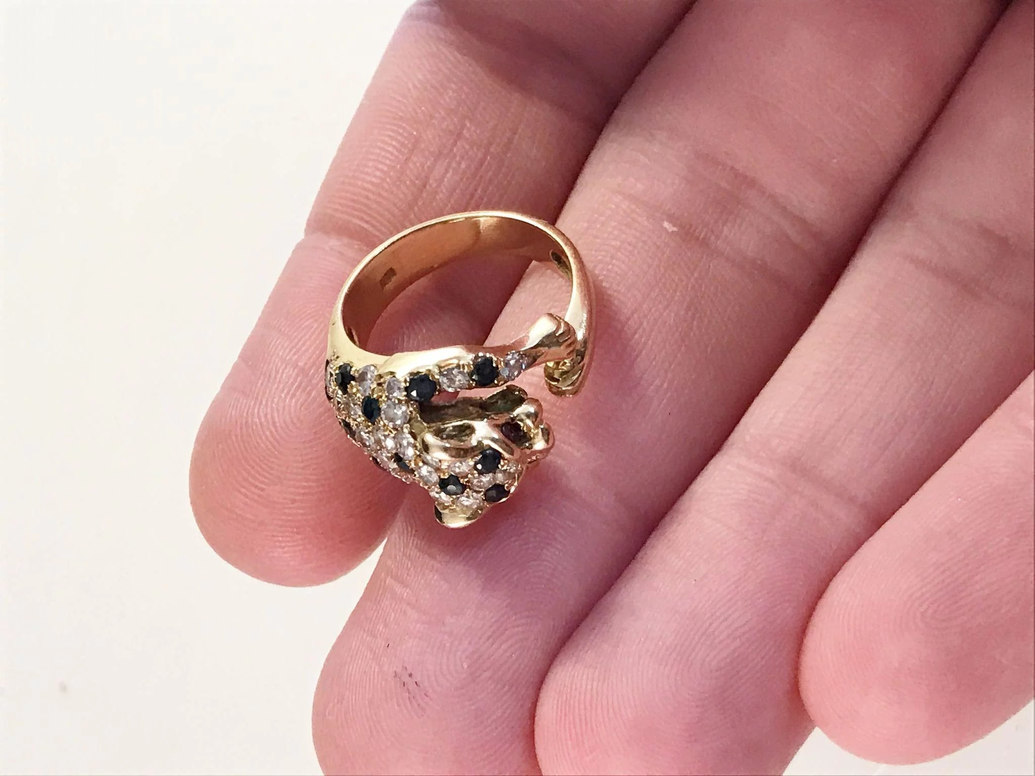 Vintage 18k Gold Diamond Sapphire Ruby Panther Ring. 9.8gram ...